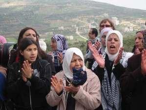Mujeres palestinas manifiestan en Burín, 8/3/11