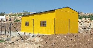La nueva escuela-carpa, ya con orden de demolición