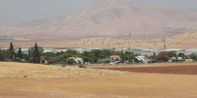 La colonia israeli Roi, construida en tierras robadas a los pobladores de Al Hadidiya (Hilary Minch)