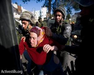 También las mujeres son reprimidas y arrestadas en Nabi Saleh