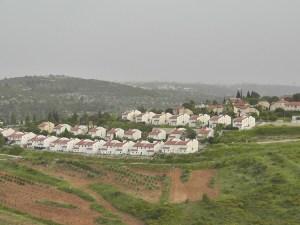 Las colonias israelíes ilegales son parte del paisaje en Palestina ocupada