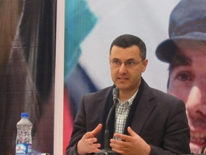 Omar Barghouti, líder del movimiento BDS en Bil'in (Abril 2011)