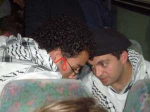 Dos de los palestinos en el autobús