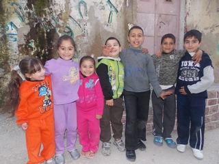 Algunxs de mis muchxs vecinitxs en el campo de refugiados de Aida