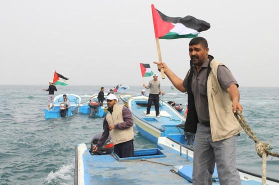 Pescadores en Gaza durante una protesta a principios de marzo contra los ataques y confiscación de 36 lanchas por la marina israelí (Joe Catron)