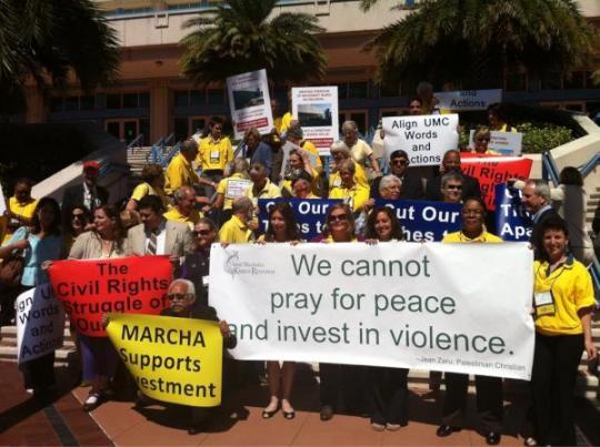 Activistas de Voces Judías por la Paz en la reunión de la Iglesia Metodista Unida (2012).