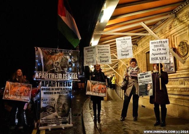 Protesta frente al Albert Hall en Londres exigiendo al Cirque do Soleil que no actúe en Israel (enero 2014).