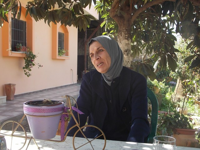 Maisa Badwan en casa de una amiga, en Azzun.