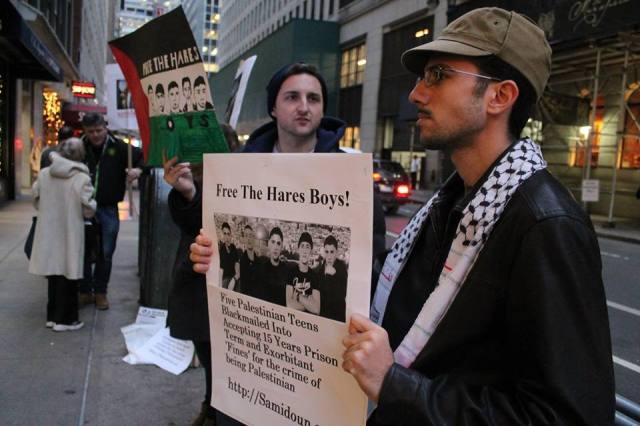 Protesta en New York por los Chicos de Hares, antes de la sentencia del 28 de enero.