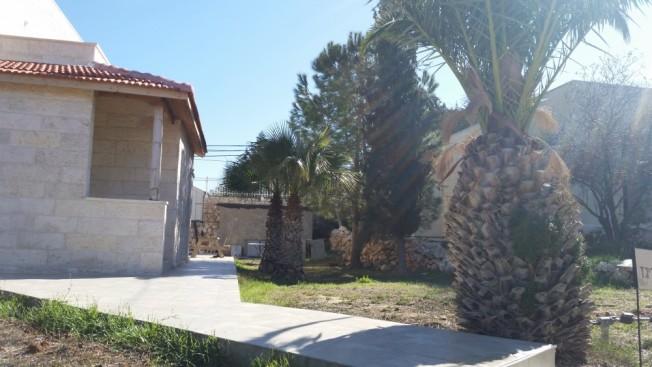 La casa de Avigdor Lieberman se puede ver al fondo de esta foto tomada en la colonia Nokdim del bloque Gush Etzion, en Palestina.