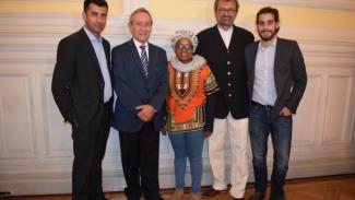Nawajaa, Kekana y Charbel con Imad Jadaa, Embajador de Palestina en Chile y el Diputado Patricio Vallespín, Presidente del Grupo Interparlamentario Chileno-Palestino. (BDS Chile)