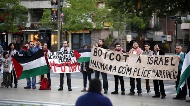 Boicot cultural a Mayumana en Chile.
