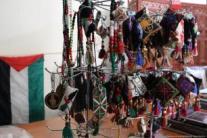 Exhibición de trabajos bordados.