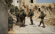 El ejército israelí realizó allanamientos y detenciones masivas en la zona del atentado. (QNN).